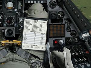 難易度ハードモード:写真のような脚に取り付けられたフライトプラン付きのスーツを見つけてください。
