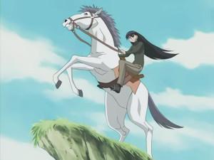 白馬に乗った榊(さかき)