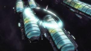 宇宙空間で VF-25 がソニックブームを引き起こしていたけど、バグだよね。